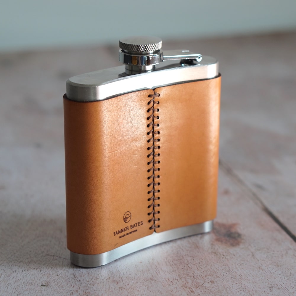 Dartmoor Whisky Leather Hip Flask Back